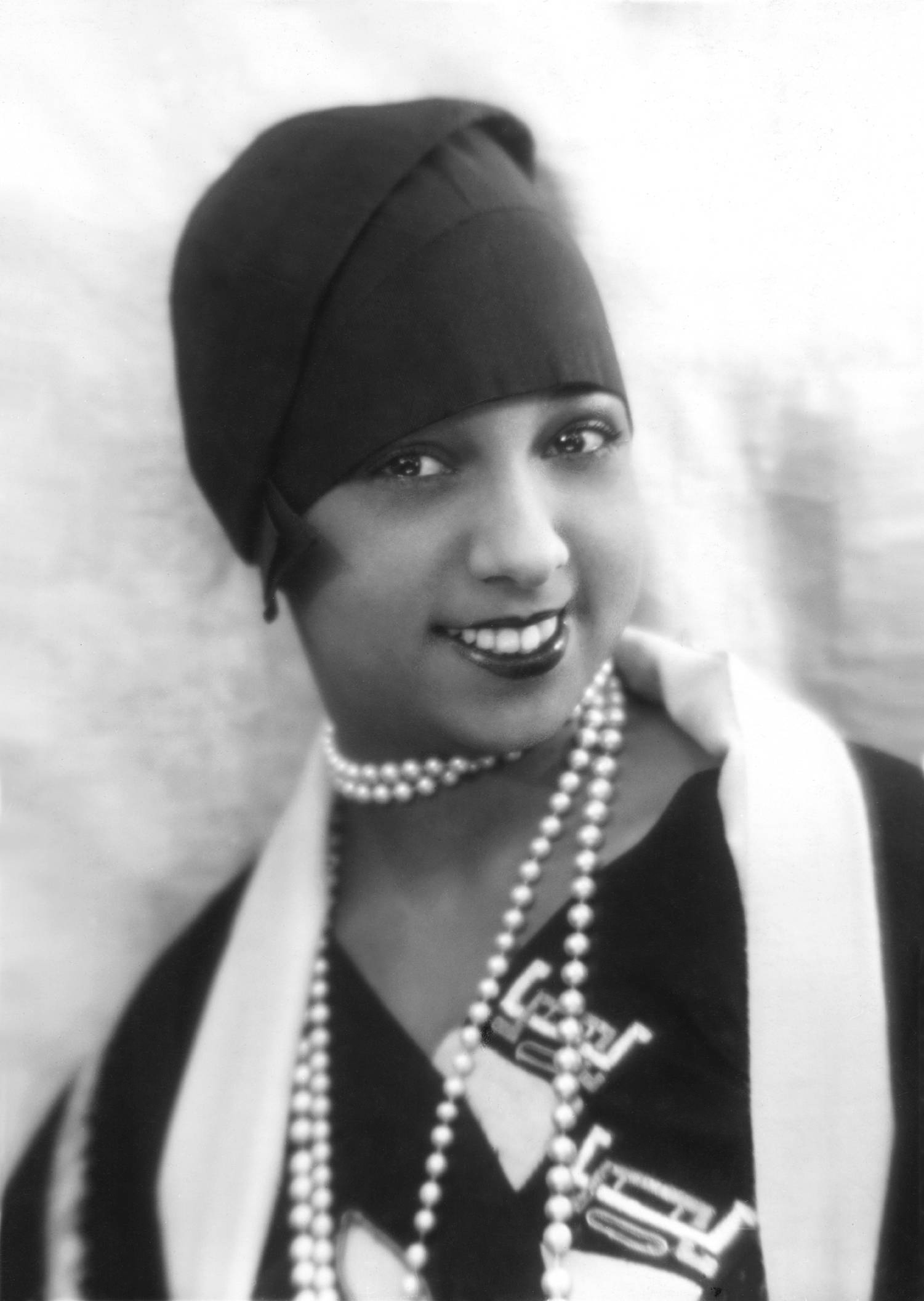 Josephine Baker | Paul Roth's Music Liner Notes Josephine Baker